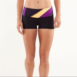 lululemon Boogie Reversible Tight Fitted Shorts